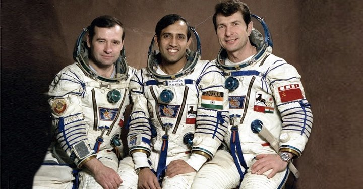 Astronaut Rakesh Sharma said India looks saare jahaan se achcha from space - interesting facts about India